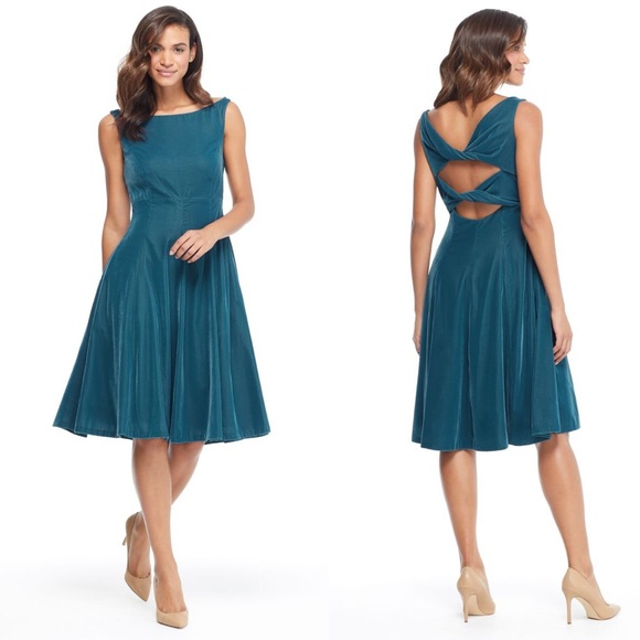 Gal Meets Glam Dresses & Skirts - $210 NWT Gal Meets Glam Christine Velvet Dress
